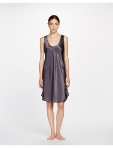 GINIA Round Neck Pure Silk Embroidered Singlet Chemise