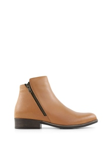 Bueno Tristen Ankle Boots