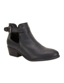 Ravella Stable Boots