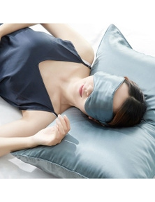 Ramesses Cooling Mulberry Silk Pillowcase & Eye Mask Set