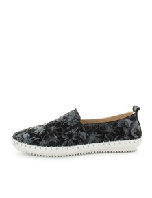 Just Bee Coble Casual Flat