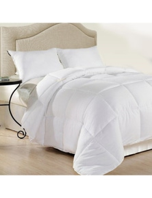 Royal Comfort Duck Feather And Down Quilt Size: 95% Feather 5% Down 500GSM