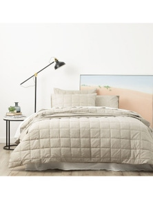 Park Avenue Paradis Chambray Quilted Quilt Cover set
