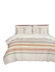 Amsons Charlotte Super Quilt Cover With 4 Pillowcases
