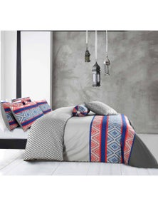 Amsons Monaco Quilt Cover With 4 Pillowcases