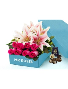 Mr Roses 5 Pink Lilies & 10 Pink Roses & Adora Paillettes Chocolates