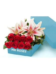 Mr Roses 5 Pink Lilies & 10 Red Roses