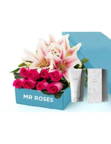 Mr Roses 5 Pink Lilies & 5 Pink Roses & Hand Cream