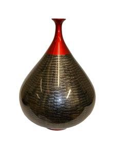 Rovan Laquerware vase