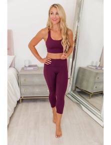 Red Crisscross Back Sports Bra Leggings Set