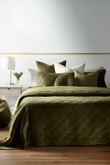 Windsor Quilted Velvet Bedcover