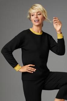 Capture Contrast Trim Sweatshirt