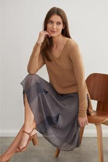 Grace Hill Pleat Detail Skirt