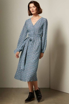Grace Hill V Neck Long Sleeve Midi Dress