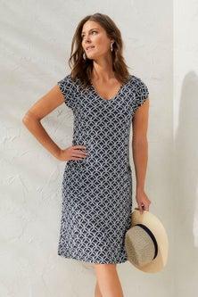 Capture V-Neck Pocket Knit Dress