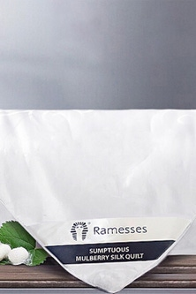 Ramesses 280gsm Microfibre and Mulberry Silk Quilt