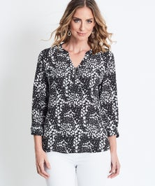 Katies Print Zip Front Shirt With Pockets