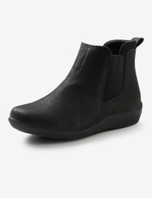 Riversoft Athleisure Boot