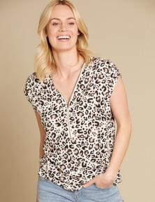 Rivers Extended Sleeve Zip Front Top