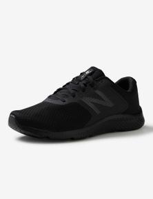 New Balance Mens 413 Sneaker.