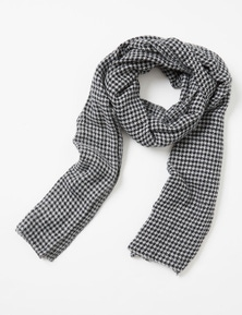 Amber Rose Houndstooth Scarf